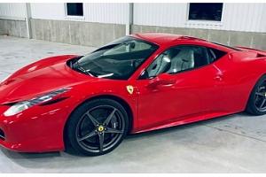Zážitková jízda ve Ferrari 458 Italia...