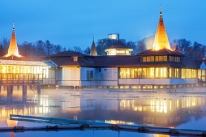 Maďarsko, Hevíz v Hotelu Panorama*** s polopenzí...