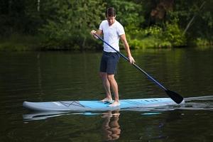 Paddleboarding- nafukovací prkno na vodu...