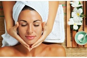 150minutový relaxační balíček pro uvolnění a omlazení pokožky...