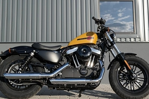 Jízda na motorce Harley Davidson Forty-Eight...