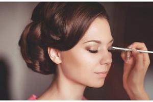 Perfektní den pro princeznu včetně kosmetického a kadeřnického balíčku...