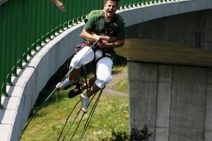 Bungee jumping - Kieneova houpačka...
