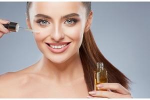 100% bio arganový olej pro krásnou pleť, zdravé vlasy a hydratované ruce...