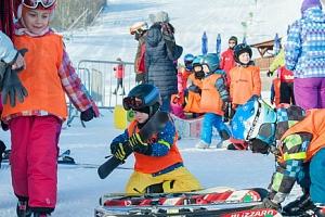 Voucher na výuku lyžování nebo snowboardingu s Newman School...