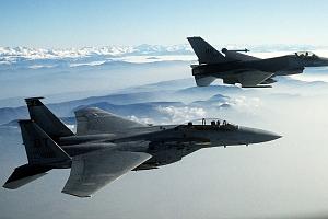 Pilotem na zkoušku Brno: simulátor letu ve stíhačce F/A-18 Hornet po 15 minut...