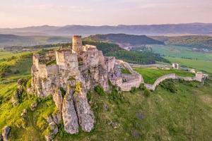 Slovenský ráj v Penzionu Podzámok pod Spišským hradem s půjčením kol, bazénem, slevami a polopenzí