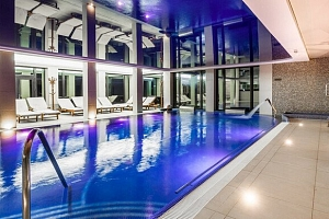 Romantika v Zámku Lužec Spa & Wellness Resort**** s procedurami a polopenzí...