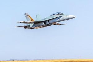 Pilotem na zkoušku Brno: simulátor letu ve stíhačce F/A-18 Hornet po 30 minut...