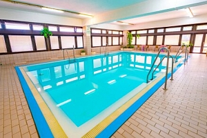 Luhačovice v Hotelu Adamantino *** s neomezeným wellness, bazénem, ozdravným programem + bohatá…...