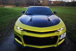 Jízda v supersportu Chevrolet Camaro 2018 coupé...