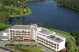 Hotel Adamantino*** u Luhačovické přehrady s plnou penzí a wellness...