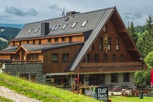 Oblíbený Hotel Stoh ve Špindlu s polopenzí a vstupem do Vodního ráje...