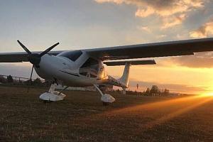 Vyhlídkový let s možností pilotování nad Karlštejnem, Točníkem i Křivoklátem...
