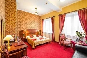 Pobyt u solného dolu Wieliczka a blízko Krakova v Hotelu Galicja *** s polopenzí, saunou a…...