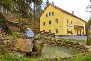 Evropské centrum přírodních pivních lázní u Karlových Varů s pivní koupelí, degustací piva a…...
