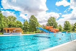 Jižní Morava: Hodonín v Hotelu Panon *** s chutnou polopenzí, 40 % slevou na letní koupaliště +…...