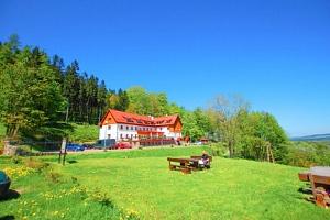 Polsko: Hotel Ewa Medical & Spa s neomezeným wellness včetně bazénu a půjčením trekových holí +…...
