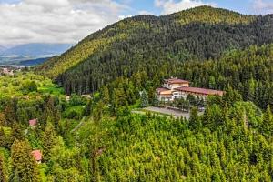 Nízké Tatry: Relaxační pobyt v 3* Alexandra Wellness Hotelu s procedurami, wellness, bazénem a…...