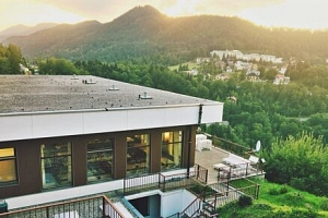 Krásné Vídeňské Alpy ve Sporthotelu am Semmering *** se saunou, bazénem, jízdenkou na lanovku a…...
