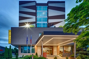 Brno u centra ve fantastickém 4* Hotelu Avanti se střešním wellness s parádním výhledem, fitness a…...