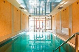 Karlovy Vary: Hotel Smetana – Vyšehrad **** s neomezeným wellness, až 8 léčebnými procedurami a…...