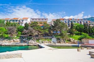Chorvatsko u pláže v oblíbeném Hotelu Zagreb *** s bazény a all inclusive či polopenzí + dítě do 12…...