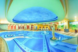 Polsko blízko hranic v Papuga Park Hotelu **** s neomezeným orientálním wellness (2 400 m²) a…...