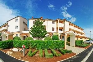 Chorvatsko: Istrie nedaleko pláže na 5 nebo 8 dní v Hotelu Villa Letan **** s bazénem a tenisem +…...