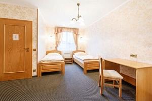 Křivoklátsko: Hotel Lions *** s neomezeným wellness, procedurami a all inclusive stravou s nápoji a…...