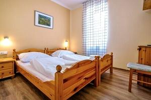 Jižní Morava u Znojma v Hotelu Schaller *** s prohlídkou kláštera, poukazem do restaurace a…...
