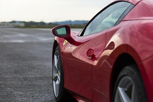 Jízda ve Ferrari na okruhu...