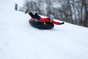 Snowtubing, kruhy na sněhu...