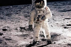 Úniková hra Cesta na Měsíc...