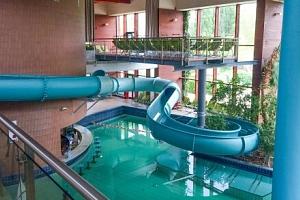 Györ: Odpočinkový pobyt v Hotelu Konferencia *** se vstupem do termálních lázní, saunou a snídaněmi