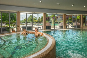 Balaton luxusně: Hotel Silverine Lake Resort ****+ s polopenzí a bohatým neomezeným wellness + dítě…...