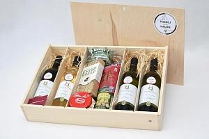 Dárkové balení vína: 4 láhve + dobroty...
