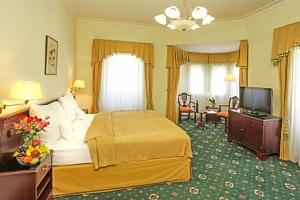Karlovy Vary pro rodiny: Hotel Mignon **** s polopenzí a vstupem do sauny + až 2 děti do 15 let v…...