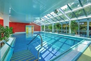 Karlovy Vary: Relax, wellness či léčebný pobyt v Hotelu Royal Regent **** s polopenzí, procedurami…...