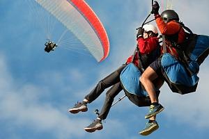 Tandem paragliding pro 2 osoby...