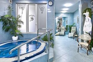 Hotel Salvator v srdci Karlových Varů s polopenzí a wellness...
