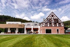 Resort Cihelny s polopenzí a neomezeným wellness...