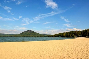Letní bestseller Hotel Bezděz*** u Mácháče s polopenzí a bazénem...
