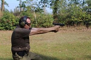 Adrenalin na střelnici s výběrem z 350 zbraní a až 111 náboji...