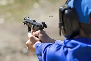 Adrenalin na střelnici se střeleckými balíčky pro krátké i dlouhé zbraně...