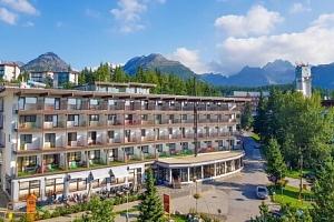 Pobyt u nádherného Štrbského Plesa: Hotel Toliar *** s polopenzí a vstupem do bohatého wellness s…...
