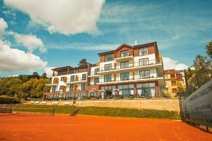 Mariánské Lázně: Luxusní Hotel Queens **** s wellness (bazén, vířivka, sauny) a vynikající polopenzí...