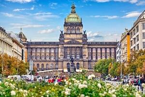 Praha jen 300 m od Václavského náměstí: K+K Hotel Fenix **** se snídaněmi formou bufetu a vstupem…...