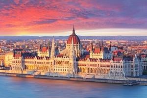 Maďarsko: Pobyt přímo v centru Budapešti a jen 5 minut od vlakového nádraží v City Hotelu Ring ***...