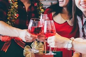 Mariánské Lázně: Vánoční a silvestrovský pobyt v Hotelu Ferdinand *** s polopenzí, sektem a…...